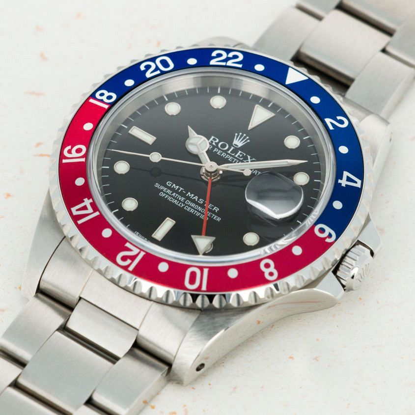 loupe this watch auctions