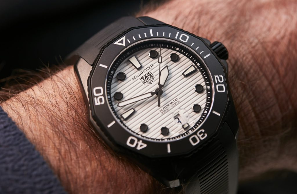 HANDS ON: The return of a dark legend, with the lumelicious TAG Heuer Aquaracer Professional 300 Night Diver