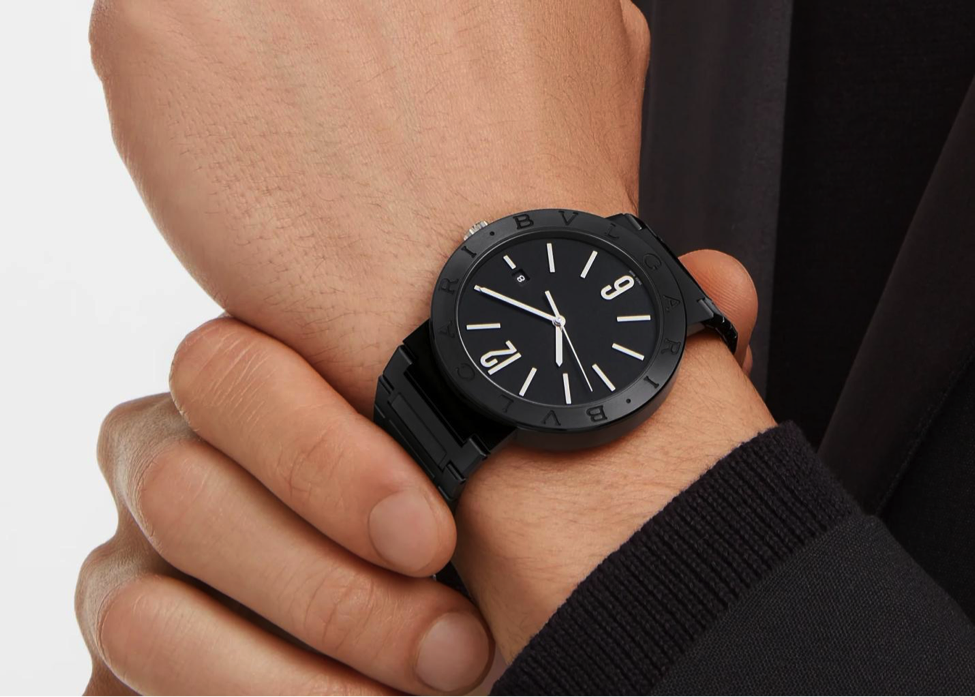 Bet on black with the Bulgari Bulgari ref. 103540 for Father's Day